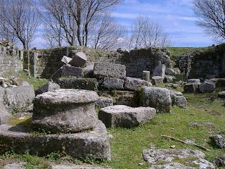 Risultati immagini per abbazia piantangeli