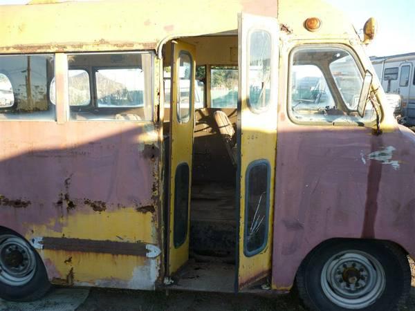 Insomniac Garage: Catch the Short Bus: 1947 Ford Vanette