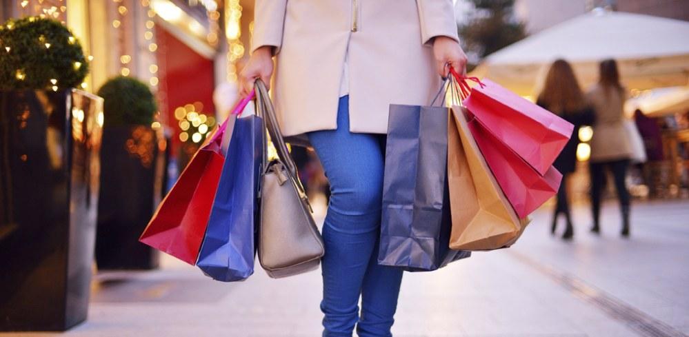 Alışveriş bağımlısı eşlerin mutluluk oyunu