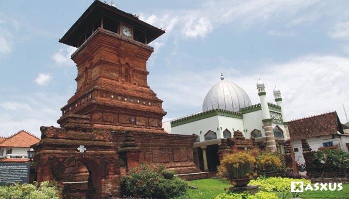 7 Kerajaan Islam di Jawa - Jawa Barat, Jawa Tengah, dan Jawa Timur