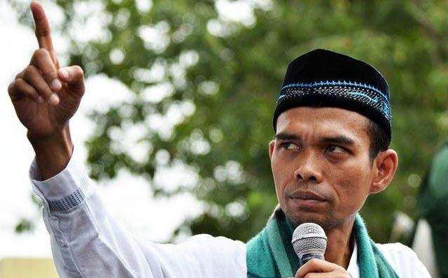 Peringatkan Penguasa yang Zalimi Habib Rizieq, UAS Contohkan Trump dan SBY