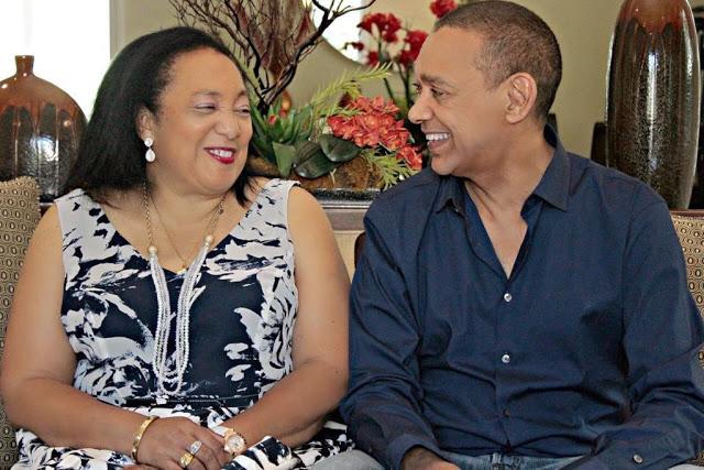 Photos : Senator Ben Bruce Buries Wife