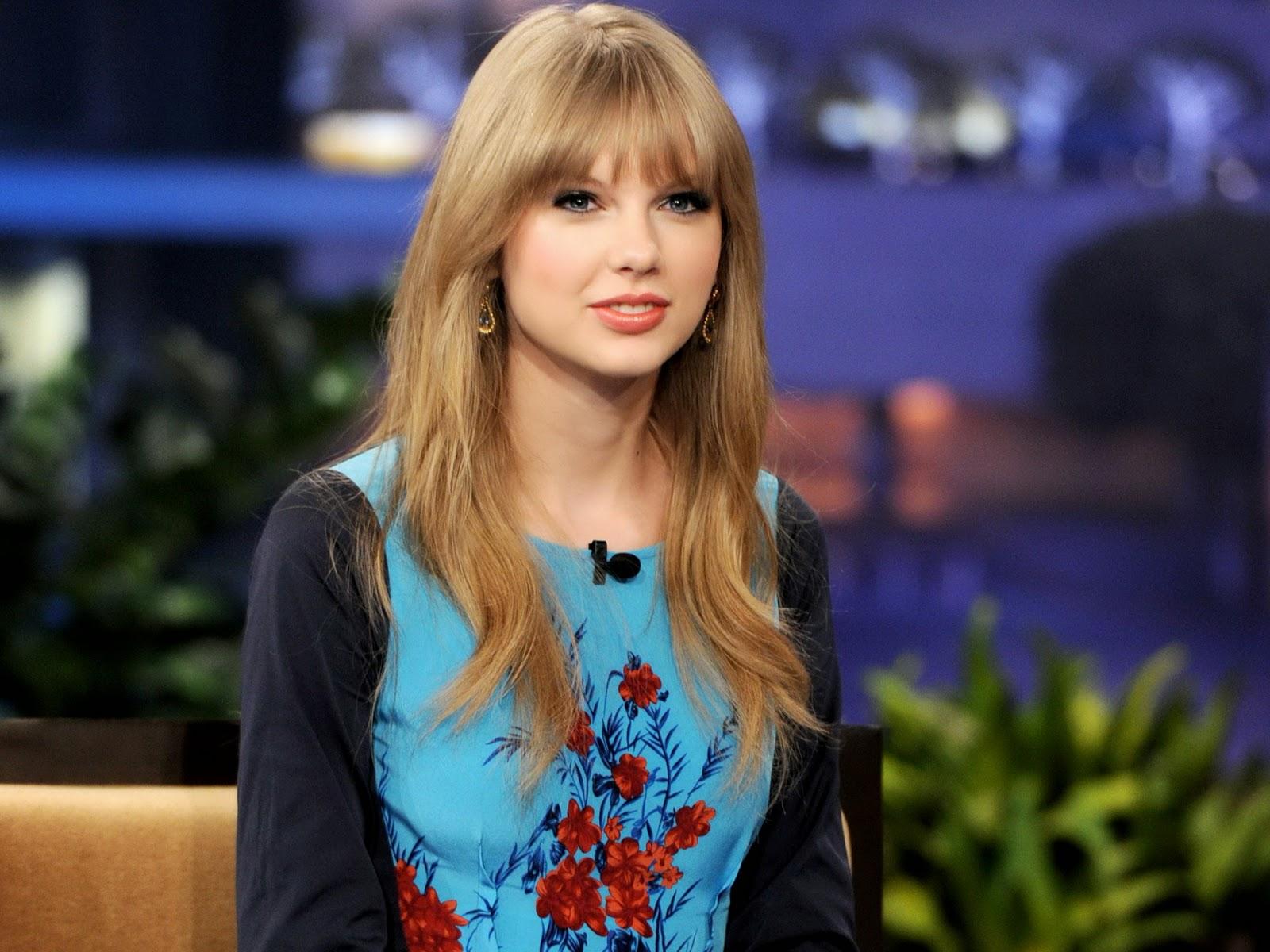Taylor Swift Sexy Photos