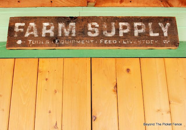 Stencil a Rustic Farm Supply Sign