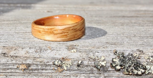 Tapered Oak Wood Ring