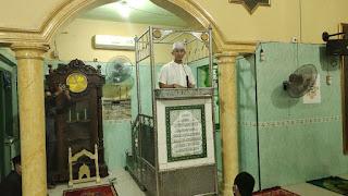 Program Syiar Ramadhan, Kapolres Enrekang Mengisi Khotbah Tarwih Tentang Penerapan Prokes Dalam Hukum Islam