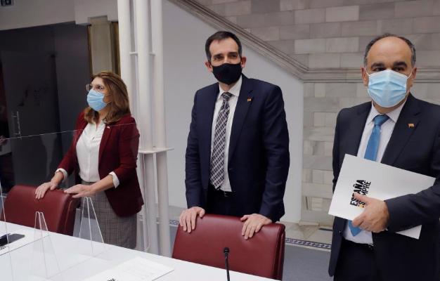 Los tres expulsados de Vox tumbarán la moción de censura en Murcia