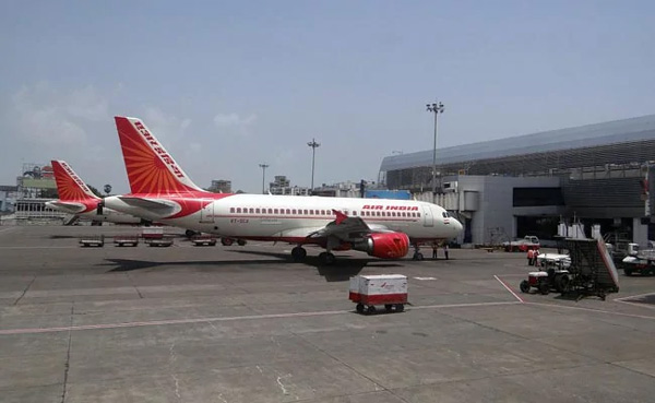 Wash my lunchbox: Air India pilot orders crew, argument delays flight by over 1 hour, New Delhi, News, Food, Air India, Flight, Humor, National