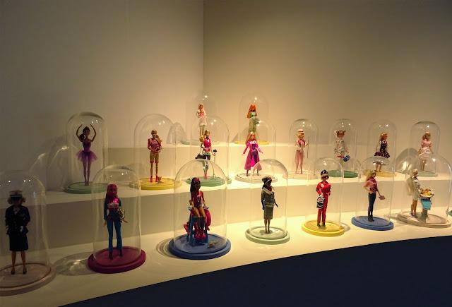 Exposition Barbie Musée des Arts Décoratifs métiers Barbie