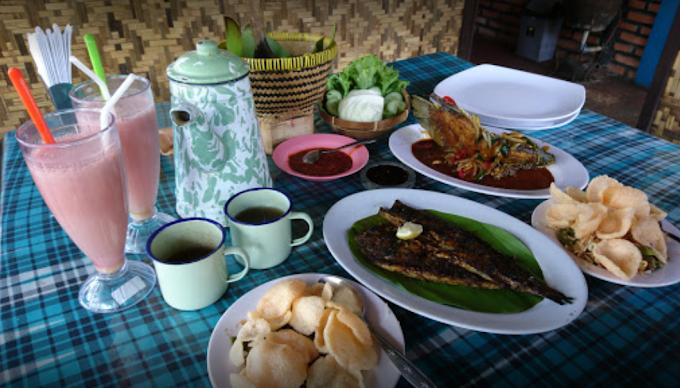 Rumah Makan Sunda Dapur Nini Majalaya