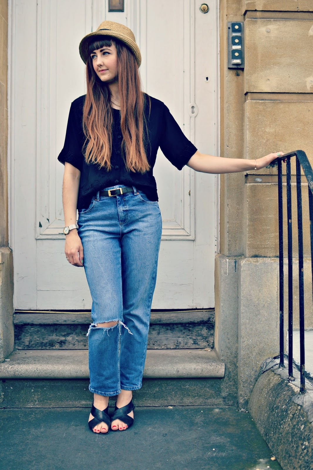 vintage outfit post, denim jeans ASOS, gap straw hat