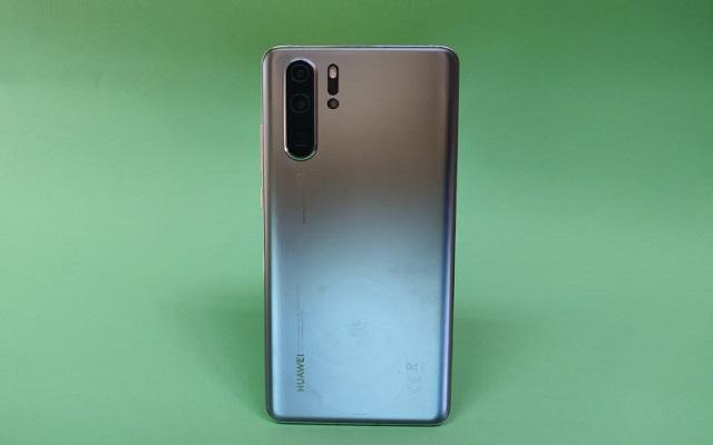 هل تريد هاتف هواوي مع تطبيقات غوغل ؟ هذه هي أفضل 3 هواتف يمكنك شراءها في عام 2021 بعضها أقل من 200 يورو