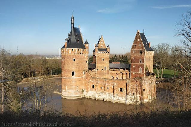 Castles near Brussels Beersel Castle