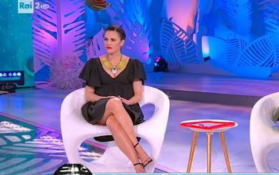 Bianca Guaccero gambe detto Fatto 23 marzo