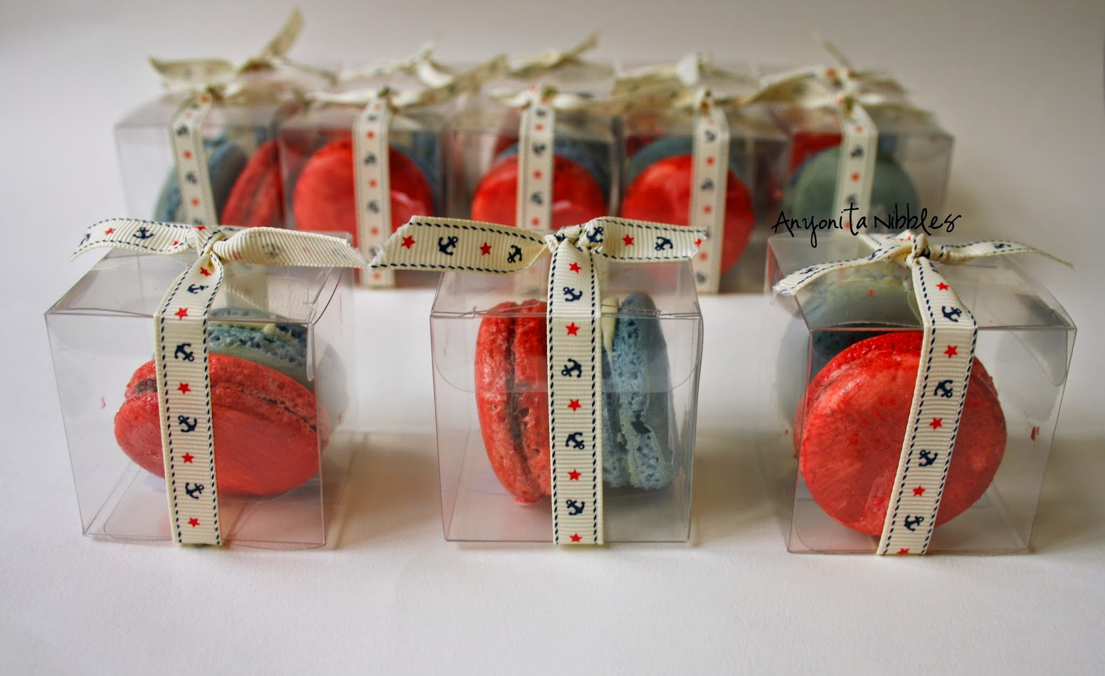 I love the idea of giving these as favors at a 4th of July barbecue!