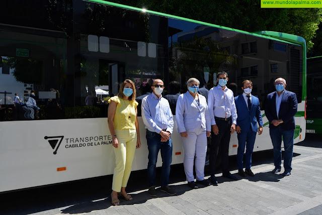 El servicio público de transporte en La Palma incorpora seis nuevas guaguas