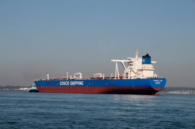 Cosco envía 10 petroleros al desguace