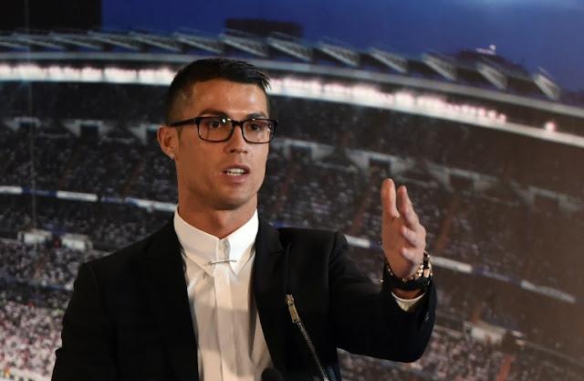 Nike volvió a colarse en la fiesta de renovación de Cristiano con el Madrid