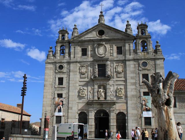 Авила, Испания – церковь (Avila, Spain – church)