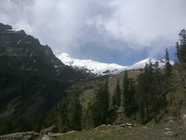 Snowfall_Manali_wallpapers