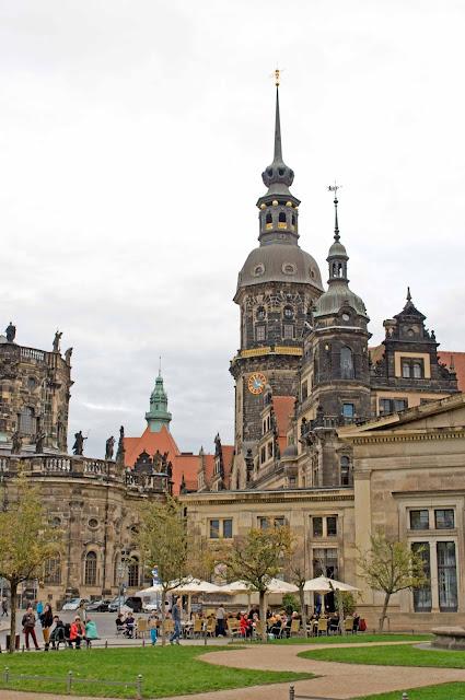 widok na miasto Drezno, historyczne centrum miasta, Niemcy
