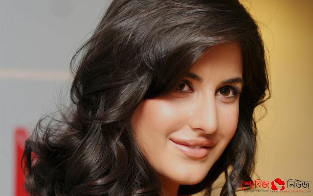 আমিরের ছবিতে নৃত্যশিল্পী Katrina Kaif