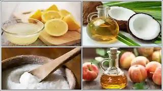 تبييض الأسنان بمزيج من صودا الخبز وبيروكسيد الهيدروجين.