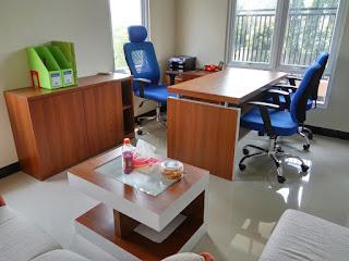 Office Furniture Minimalist