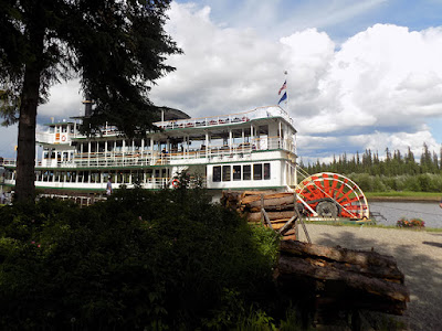 The Sternwheeler Riverboat Discovery 3