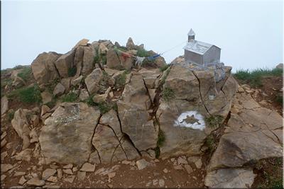 Buzón montañero en la cima de Castillo de Acher 2.384 m.