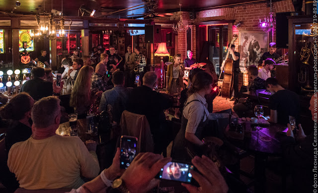 Джазовый джем в клубе Алексея Козлова