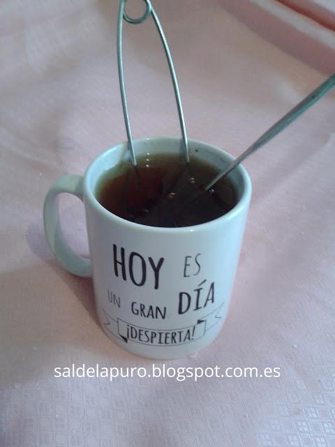 infusion-catarro-romero-tomillo-oregano-miel