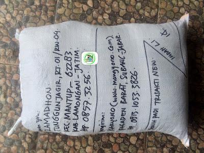 Benih padi yang dibeli   RAMADHON Lamongan, Jatim.  (Setelah packing karung ).