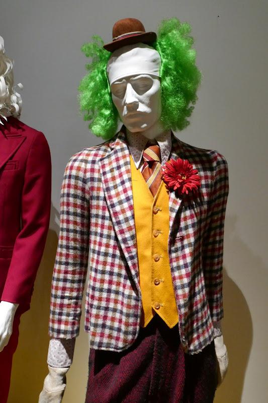 Joaquin Phoenix Joker movie clown costume