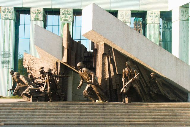pomnik, Sąd Najwyższy, Powstanie Warszawskie