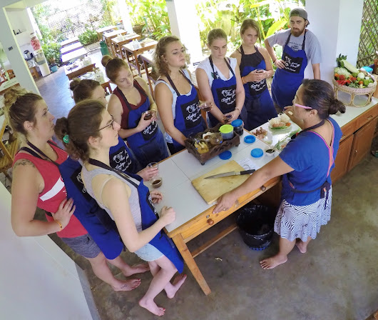 How to book a Thai Cooking Class? Directly with the Thai cooking school of your choice!