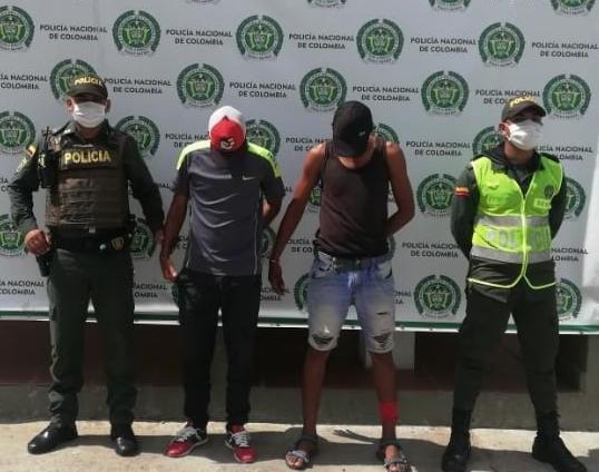 hoyennoticia.com, Dos venezolanos en moto y armados capturó la Policía