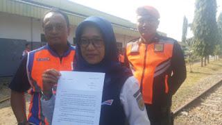 Amankan Aset Negara PT KAI Daop 3 Cirebon Tertibkan 2 Rumah Dinas Yang Di Huni Oleh Keluarga Pensiunan