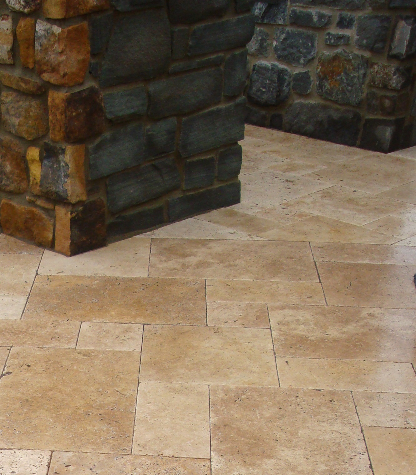 Martin Shaw Landscape Design : Travertine, A Classic Beauty