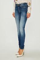 blugi-si-pantaloni-dama-tommy-jeans-3