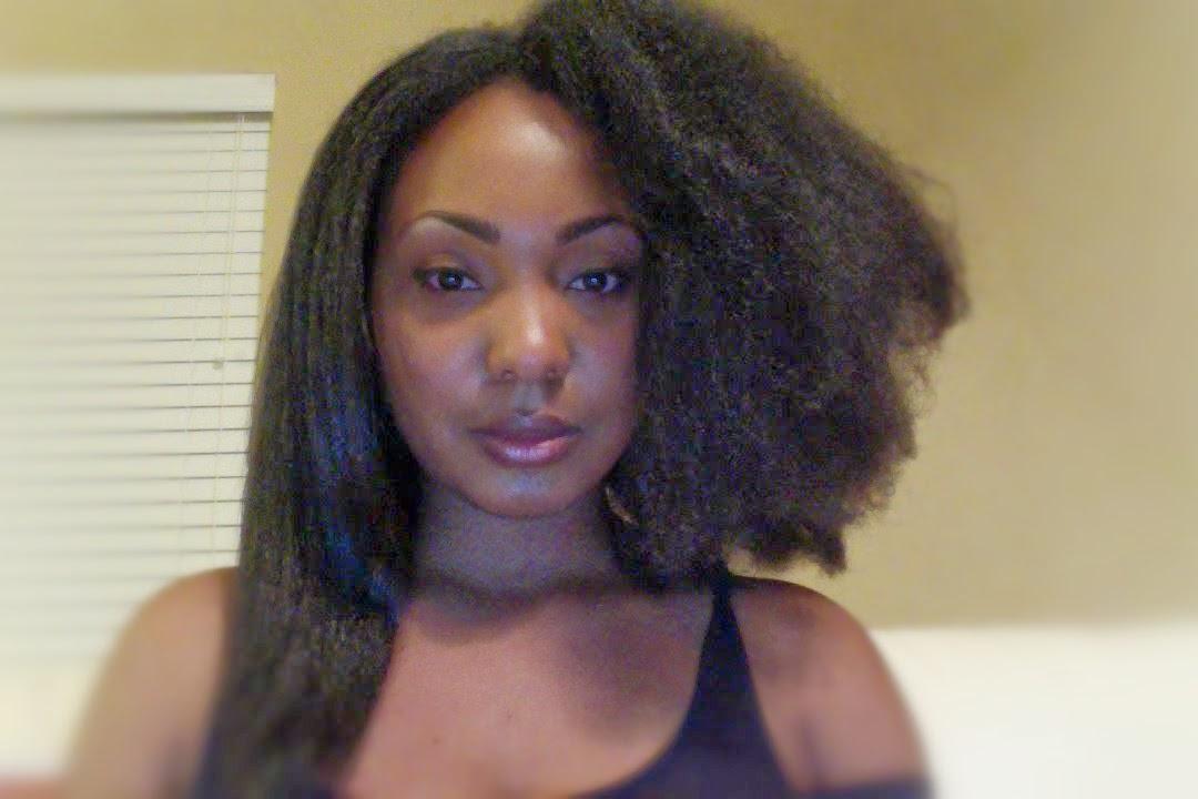 question des lecteurs comment lisser ses cheveux sans chaleur les astuces de kenoa. Black Bedroom Furniture Sets. Home Design Ideas