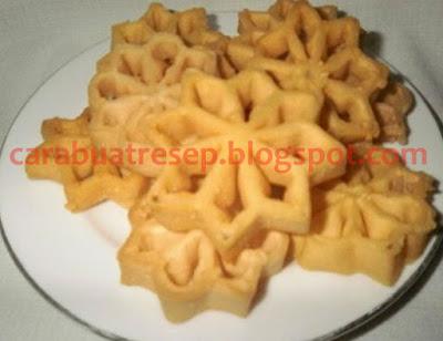 Foto Resep Kue Kembang Goyang Kelapa Sederhana Spesial Renyah Asli Enak