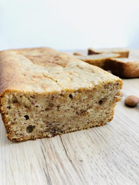 Cake moelleux aux amandes et au miel - IG bas