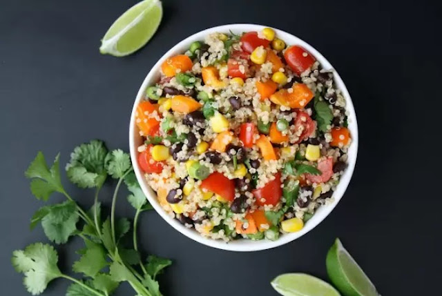 Mexican Quinoa Salad with Chili Lime Dressing #vegan #salad