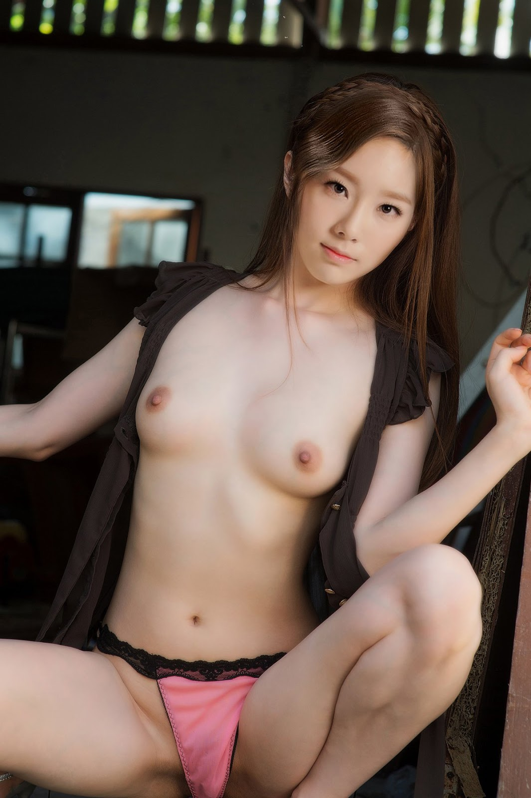 Adult nude japanese women
