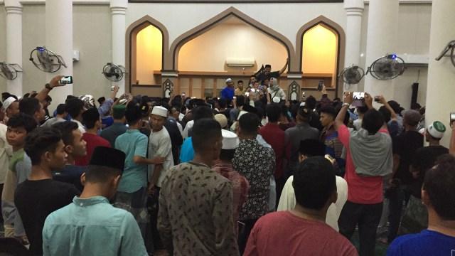 Dianggap Beda Mazhab, Warga Bubarkan Pengajian Ustaz Firanda di Aceh