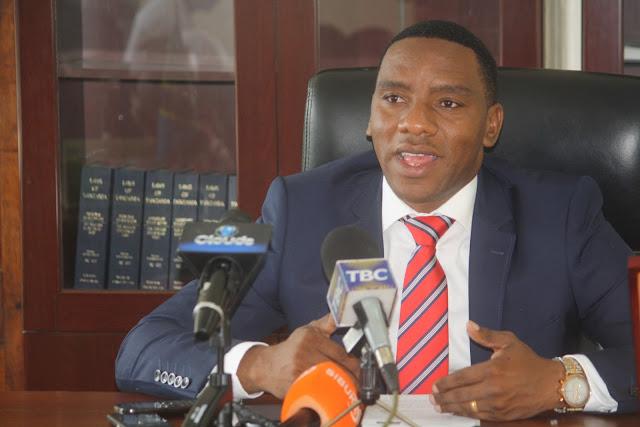 Breaking News: RC Makonda Agoma Kuomba Msamaha Waandishi wa Habari
