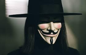 V For Vendetta - EleştirmenAdam