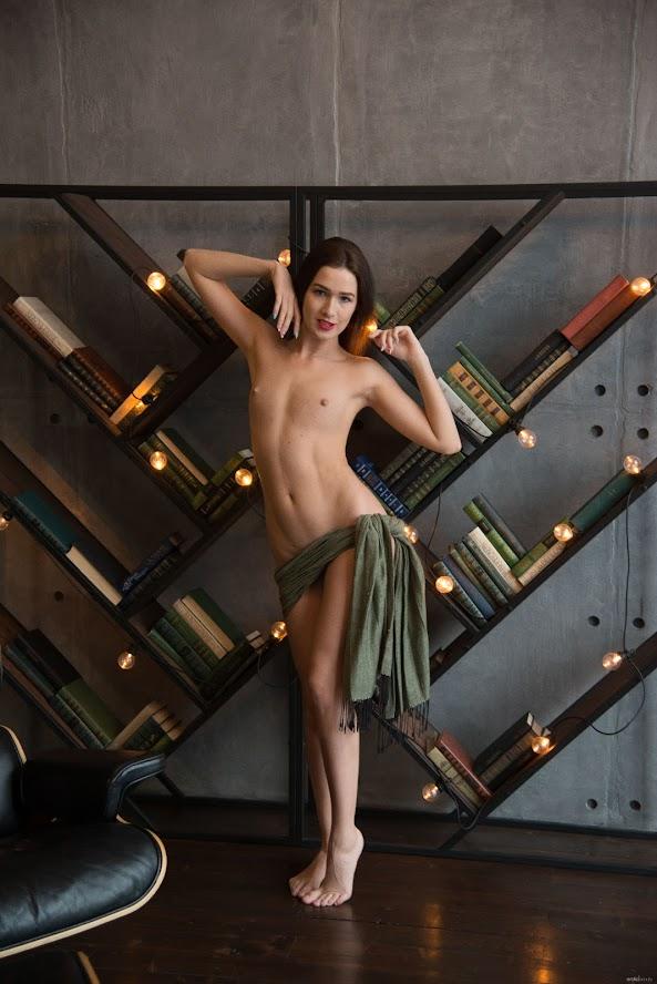 [EroticBeauty] Karolina Young - Just For You re - idols