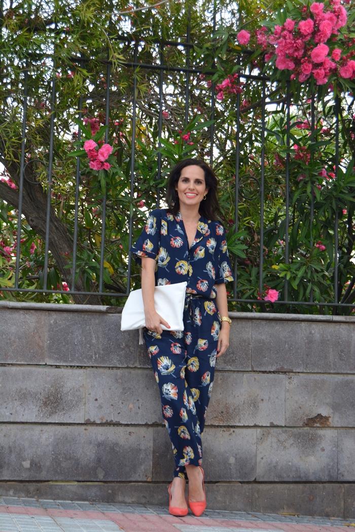 mono-de-flores-zara-outfit-streetstyle